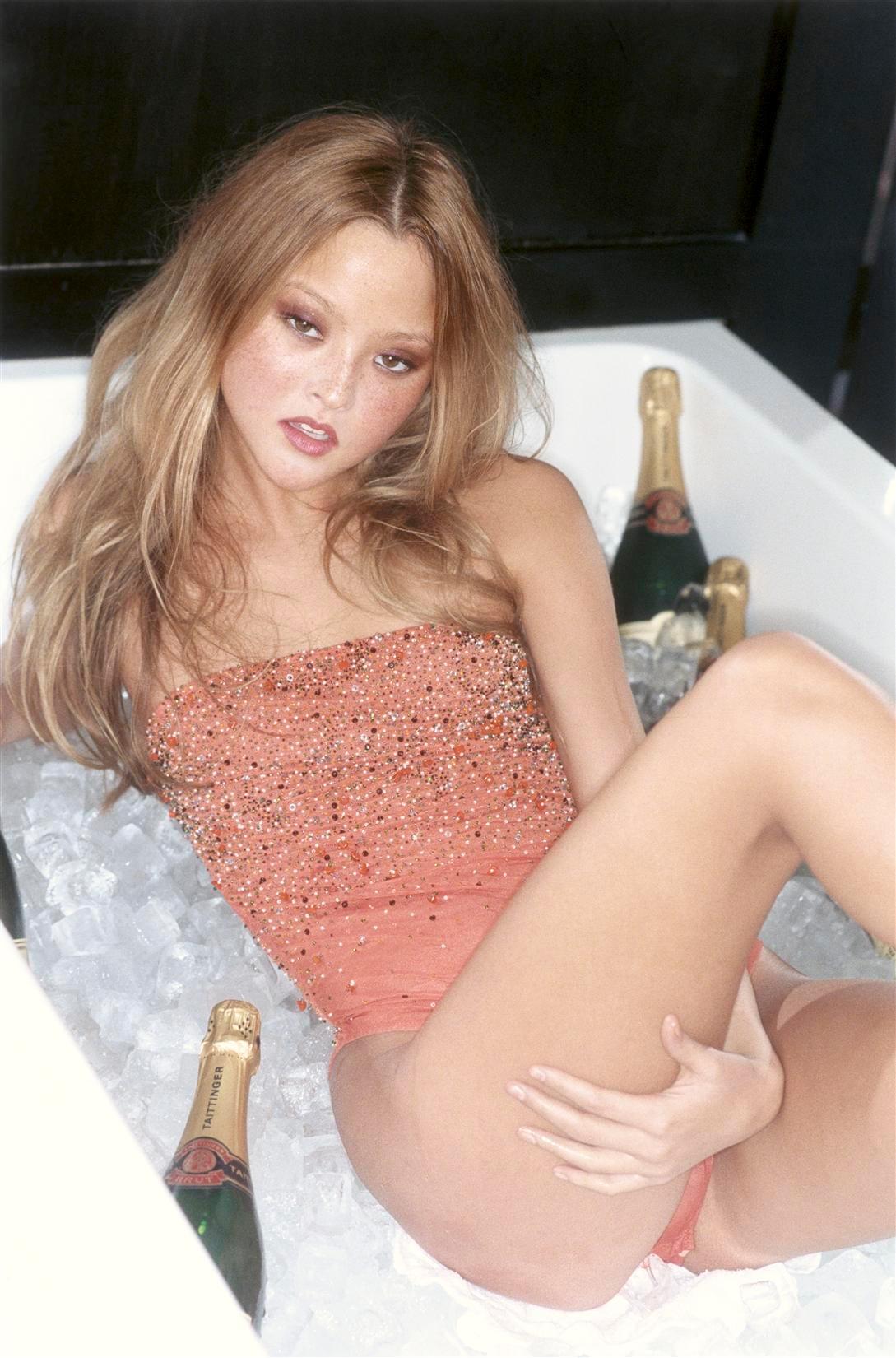 голой порно актрисы кайден кросс фото